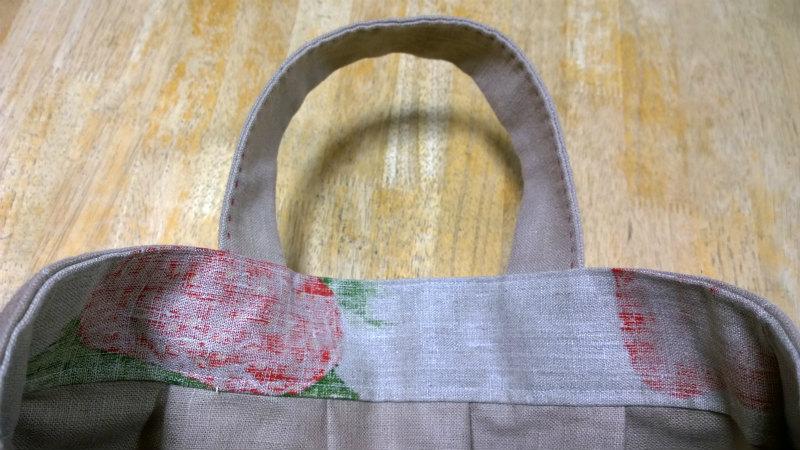 鎌倉スワニーの本掲載デザインバッグ●麻100%いちごのバッグ10